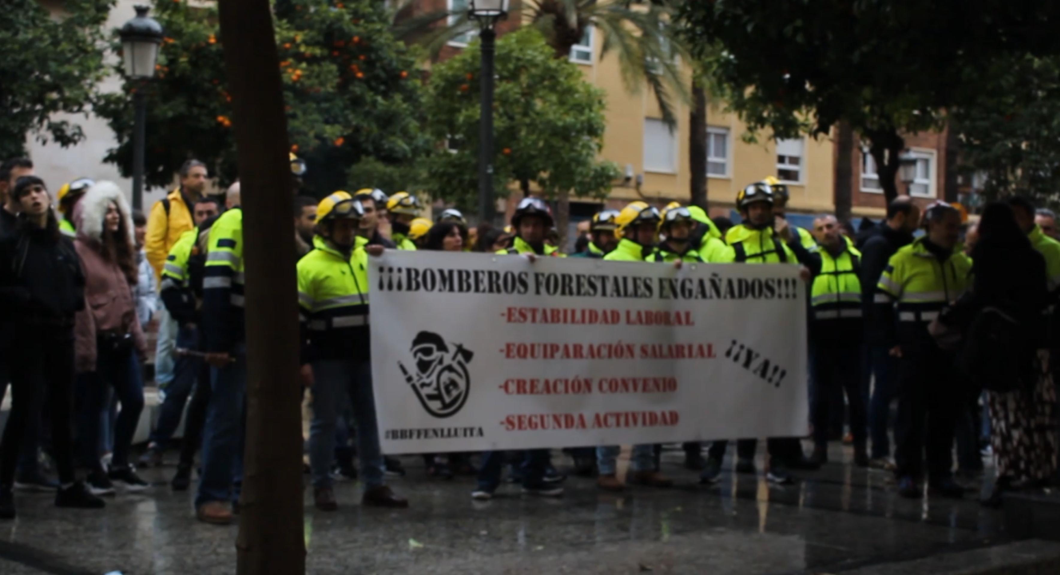 Solidaridad Con Los Bomberos Forestales